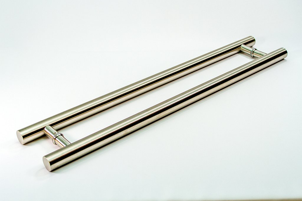 Roosevelt Modern Amp Contemporary Door Pulls Handles For