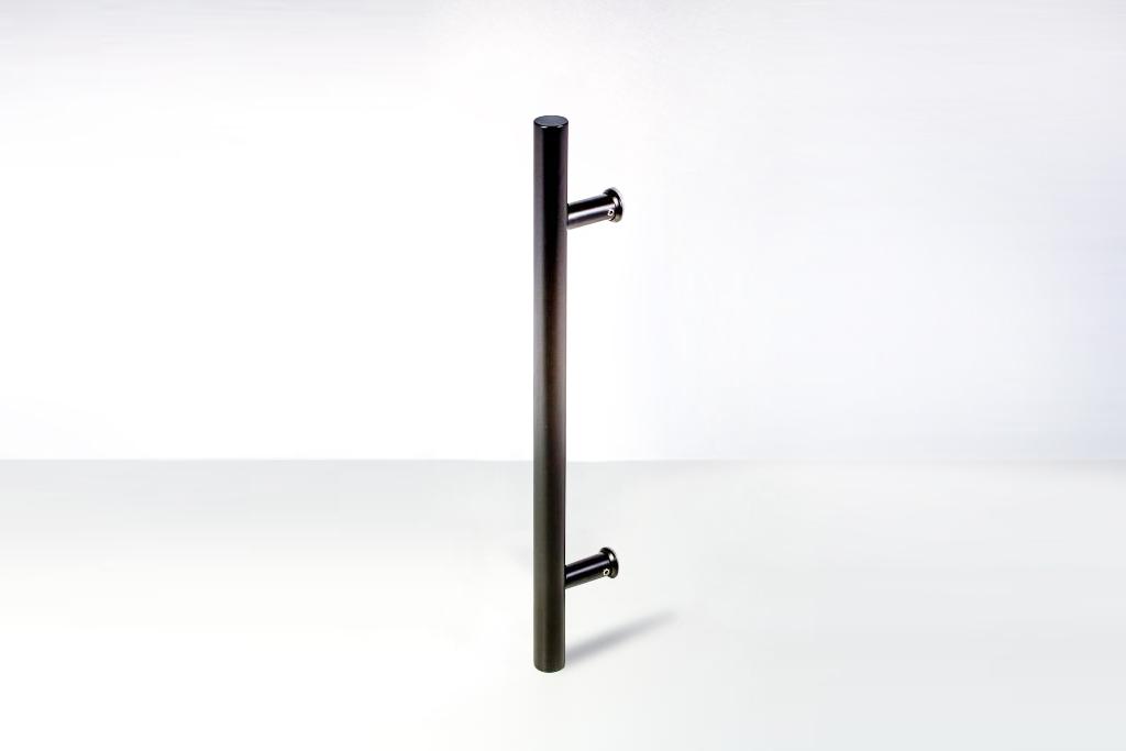 Carnegie Single Side Modern Amp Contemporary Towel Bar Door